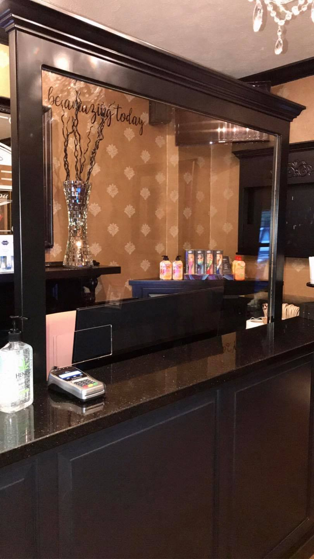 Salon counter